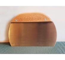 Шпатель  с деревянной ручкой 14 см (полукруглый)